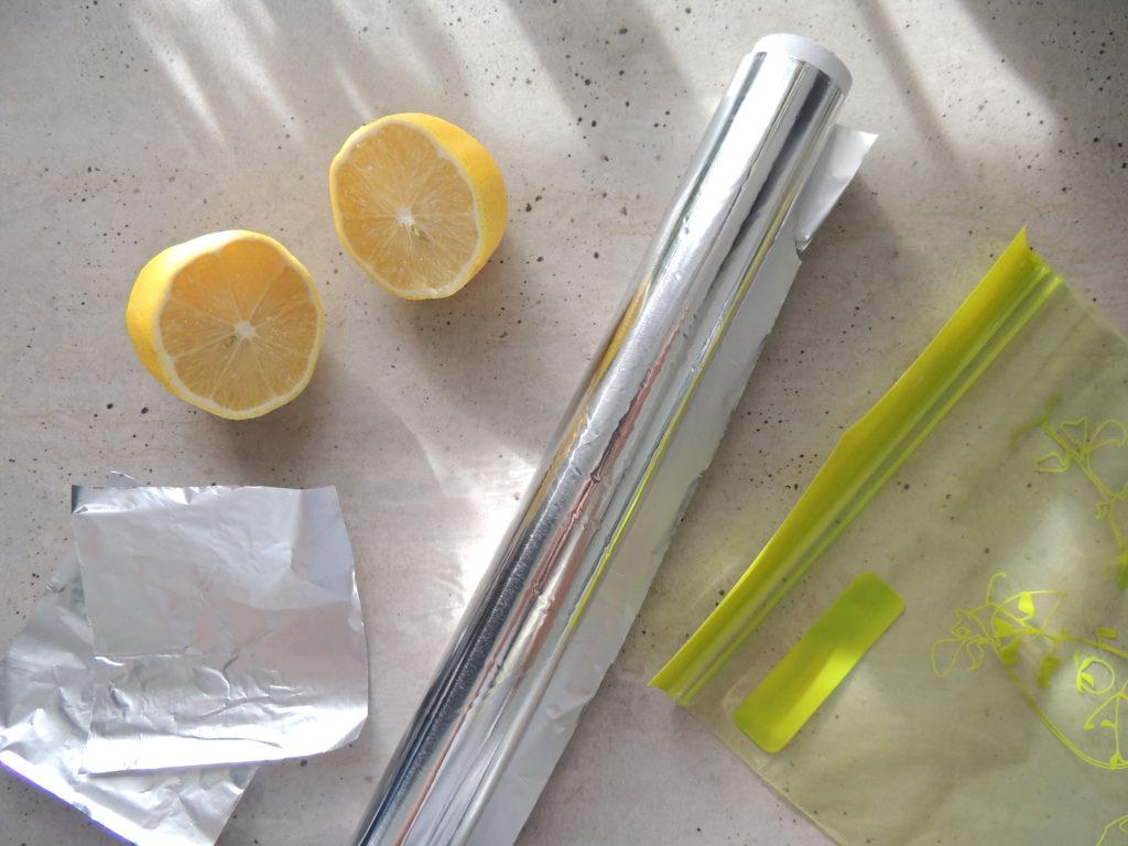 zvyšky citrónov v chladničke